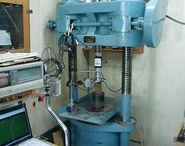 主要使用機械2